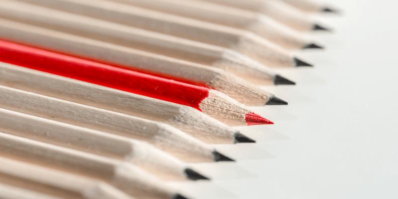 並んだ鉛筆